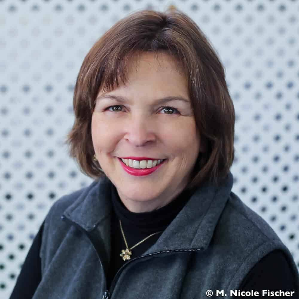 Lisa Sondag, Author
